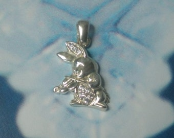 rabbit bunny hare playing a  violin silver zircons music lovers necklace