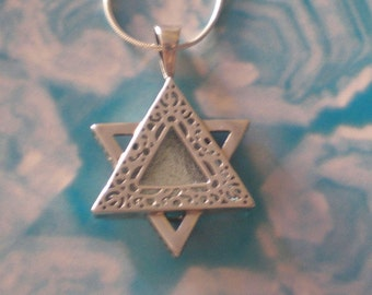 Sterling silver star of David magen david Light of Jerusalem classic modern gorgeous necklace