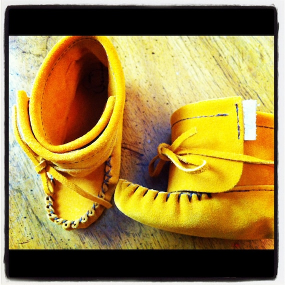 Toddler Leather Moccasins Sz 6