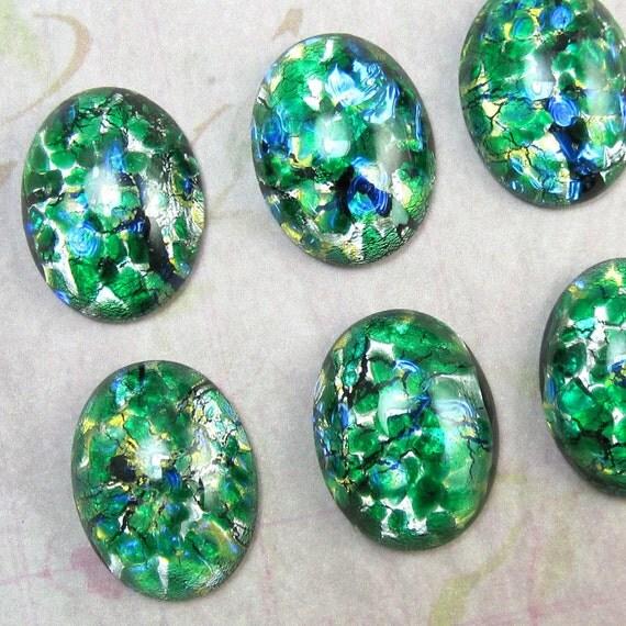 2 pcs 20x15 mm Green  Opal Vintage Glass Cabochon Stone S-2