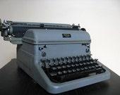 1949 KMG STEEL Grey Royal Typewriter. Rare Professional Length Model.