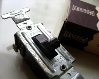 Mid Century Leviton Light Switch.