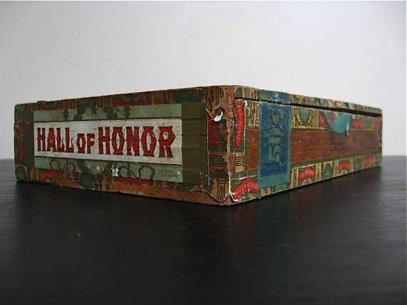 Hall of Honor Wooden Cigar Box.