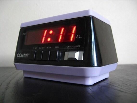 Super Cute Vintage Lavender Conair Alarm Clock.