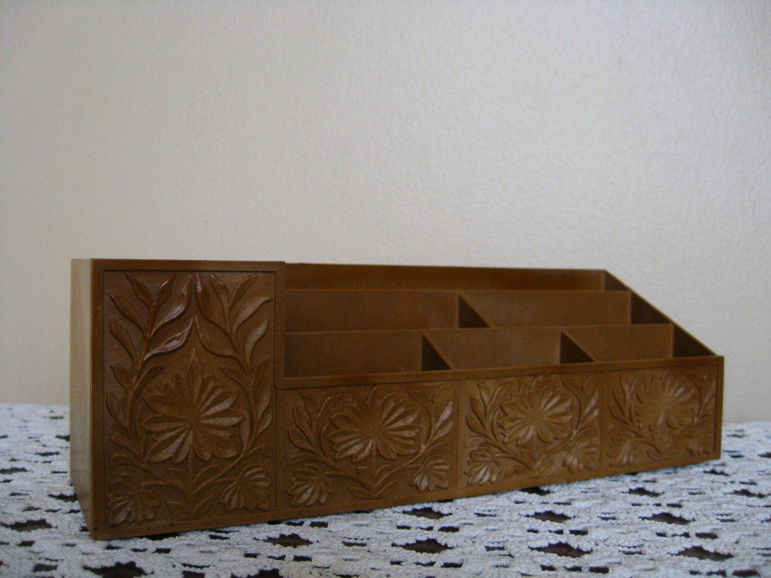 Super cute brown desk organizer with flowers fun vintage - Cute desk organizer ...