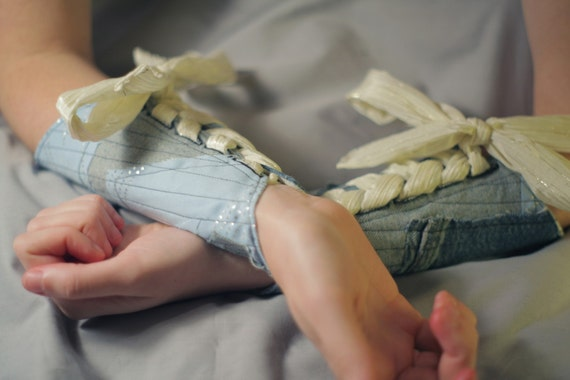 SALE! small Baby and Denim Blues Patchwork Short Pointed Bracer (Pair)