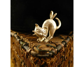 Sterling Silver Cat Charm - Cat with Arched Back - Vintage Figural Silver Cat Pendant Charm