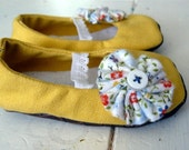 FREE SHIPPING Sunny Yellow Shoes with elastic strap