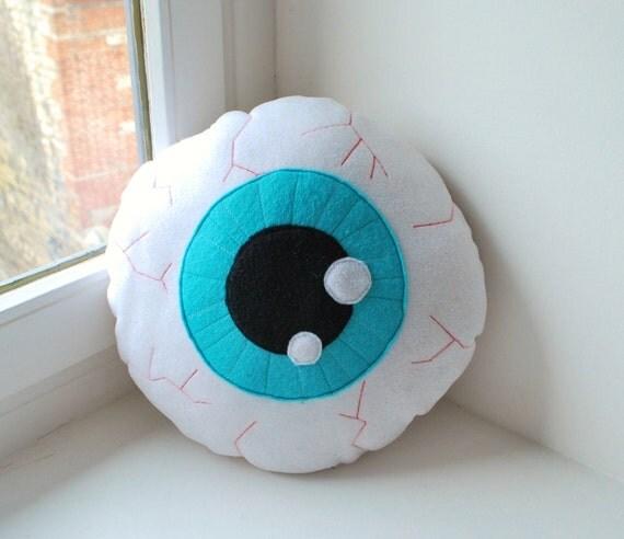 Eyeball pillow blue