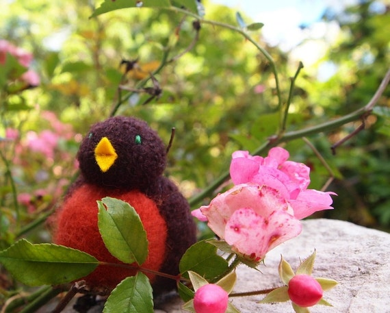 Waldorf toy, robin toy, small stuffed toy, all natural toy, eco friendly toy