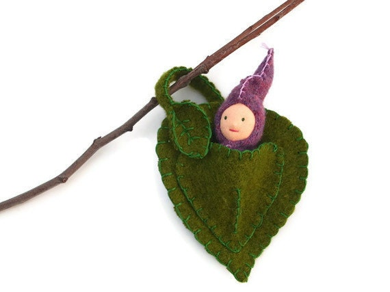waldorf doll, leaf baby, natural wool felted waldorf toy