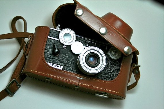 argus c3 colormatic rangefinder with case. Black Bedroom Furniture Sets. Home Design Ideas