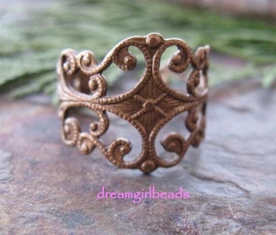 2 Trinity Vintage Patina Filigree Ring