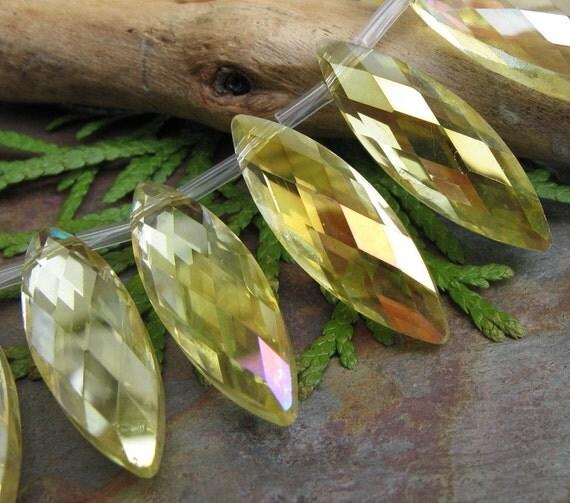 Dream Girl Designer Crystals in Aurora Borealis Lemon Drop 6 PC