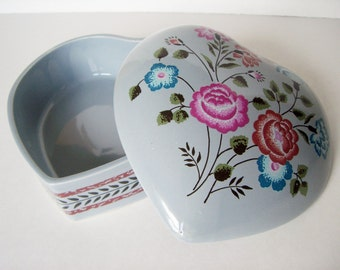 Vintage Heart Shape Trinket Ceramic Box - Vintage 80s Candy Dish
