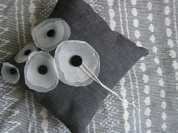 Modern Ring Pillows : Modern Poppy Ring Pillow