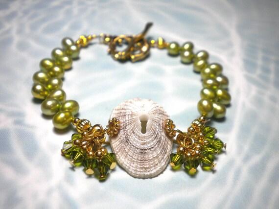 Seashell Bracelet Green Freshwater Pearls Mermaid Toggle