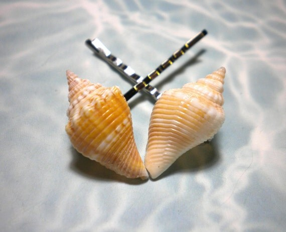 Seashell hair accessories bobby pins hair pins by delsshells for Seashells for hair