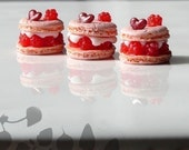 Individual Raspberry Pastry-L'Ispahan-12th scale French dessert