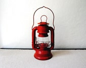 Vintage Red Sun Brand 3500 Kerosene Lantern