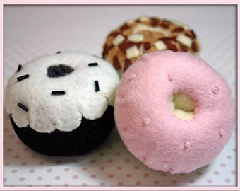 Wool Felt Donuts - Waldorf Inspired Felt Playfood Accessory for Imaginative Play - A Whimsical Assortment of Chocolate, Vanilla and Maple