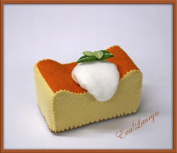 Natural Wool Felt Play Food - Cheesecake - Waldorf Inspired Boutique Gourmet Playfood
