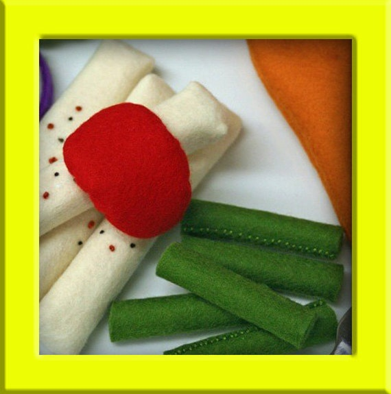 Wool Felt Playfood - Side Dish of Green Beans - Waldorf Inspired for Imaginative Play