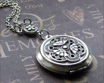 Silver Locket Necklace, Celtic Jewelry, Photo Picture Locket, Locket For Her, Celtic Wedding, Trinity Necklace, Mother of Three, Locket Gift