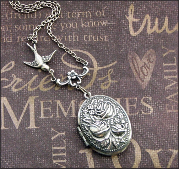 Silver Locket Necklace - Enchanted Rose Garden - Jewelry by TheEnchantedLocket - PETITE Wedding Bride Wife Christmas Gift