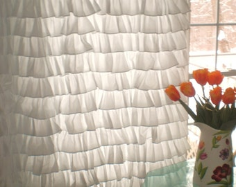 Small Ruffles Curtain