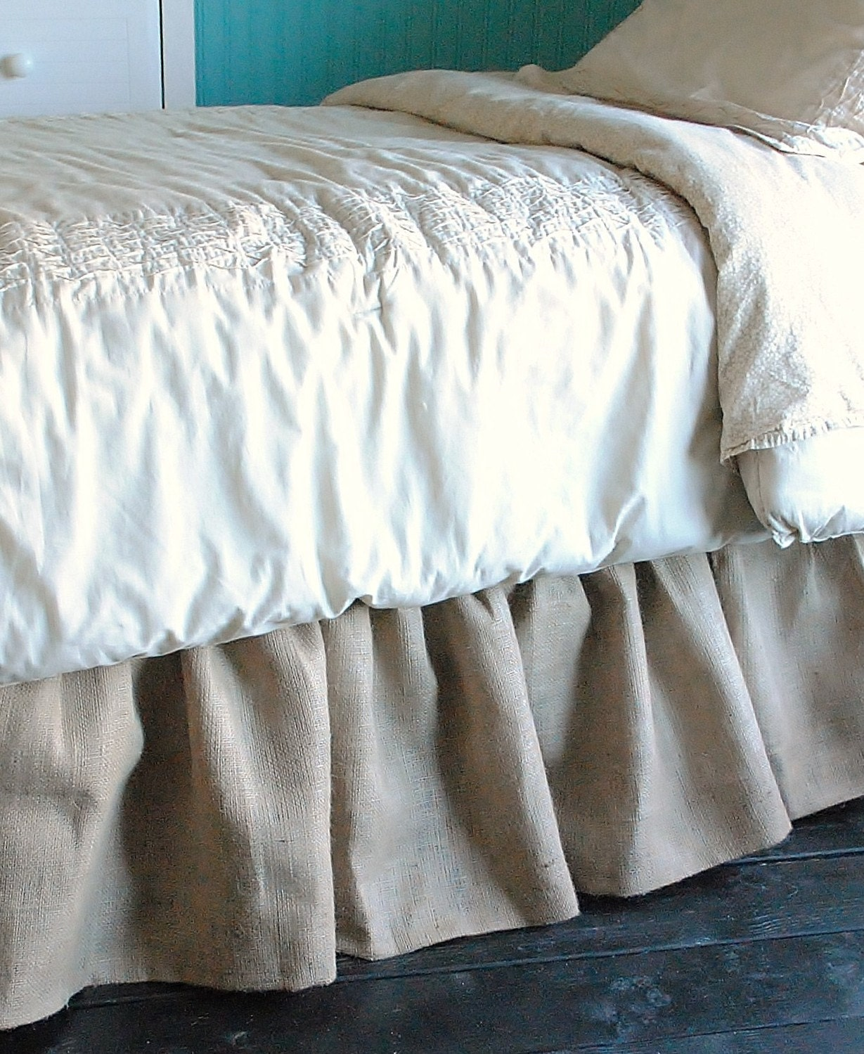 burlap bed skirt twin and full by paulaanderika on etsy. Black Bedroom Furniture Sets. Home Design Ideas