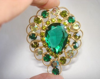 Green Rhinestone Gold Tone  Vintage Jewelry Brooch