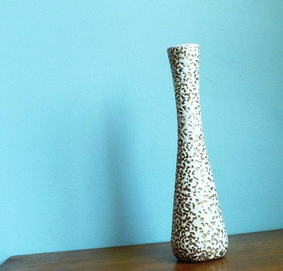 Mid Century Fat Lava Style White and Gold Mottled Ceramic Bud  Vase