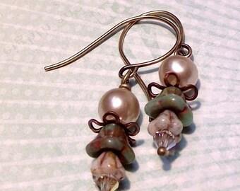 Flower and pearl earrings