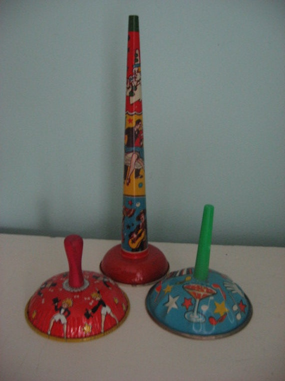instant collection set of 3 vintage tin noise makers