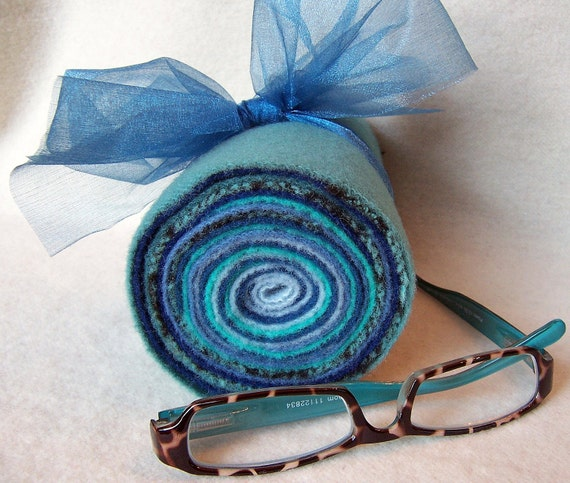 Jelly Roll of Hand Dyed Felted Wool / JR81