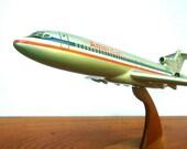 American Airlines 727 Desk Top Model