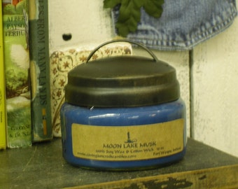 Moon Lake Musk 10 oz Pure Soy Candle with Primitive Rustic Lid.