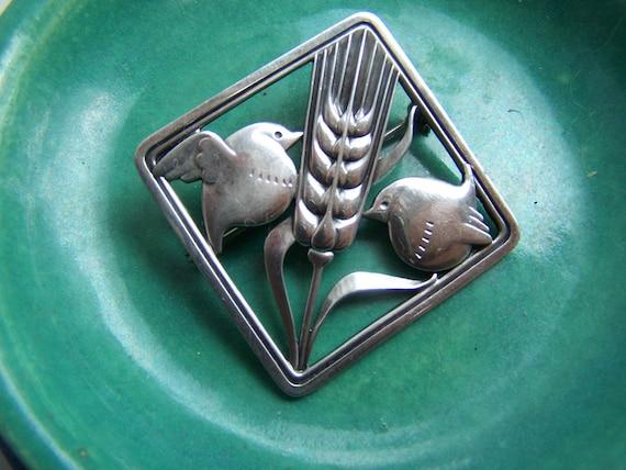 Reserved for fattoamano-Georg Jensen Brooch Arno Matinovsky designe Denmark 1940 sterling silver Mid Century Modern