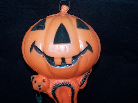 Blow mold Jack-O-lantern and cat