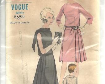 Vintage Vogue 6255 Dress sz 12 FF RARE 1960s