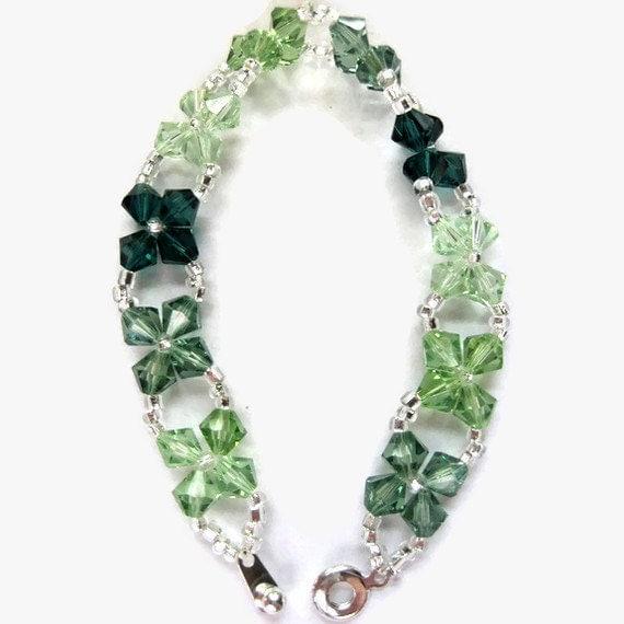 Swarovski Crystal Bracelet, Seed Bead, Silver, 6mm, Green, Christmas, St Patricks Day, Emerald, Erinite, Peridot, Chrysolite, Irish, March