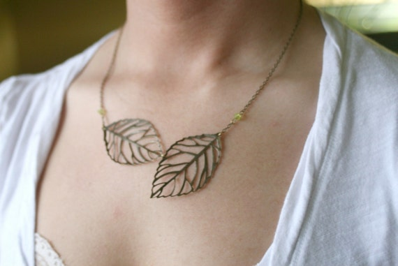 Antique Brass Leaf Necklace - Simple Autumn Necklae - Fall Casual Wear - Nature Inspired Necklace - Leaf Tree Necklace - Silver or Brass