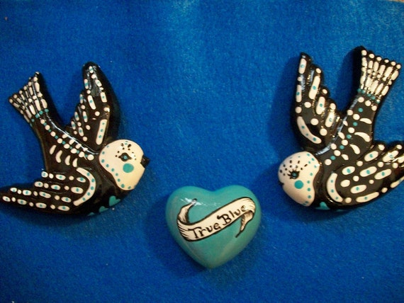 Sweet Little Dia de Los Muertos Lovebirds