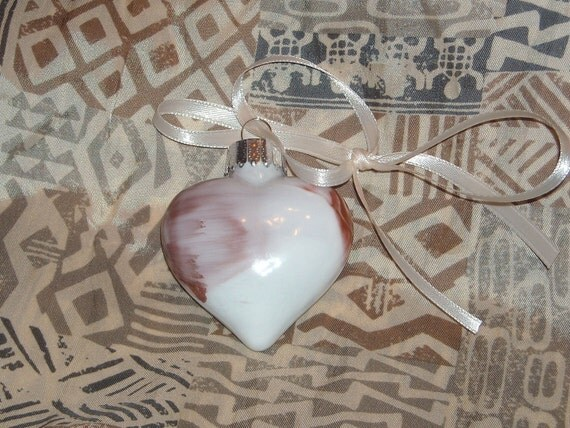 Hand painted mini glass heart ornament H25