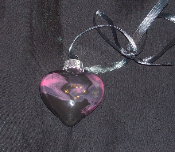 Hand painted mini glass heart ornament H31