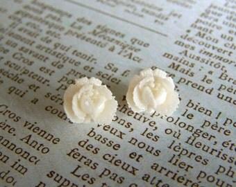 Earrings- White Lotus Studs