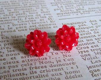 Crimson Daisy Studs