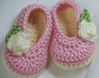 Baby Ballet Slippers Crochet Pattern  for Baby Rosey Ballet Slippers -  4 sizes - Newborn to 12 months. digital