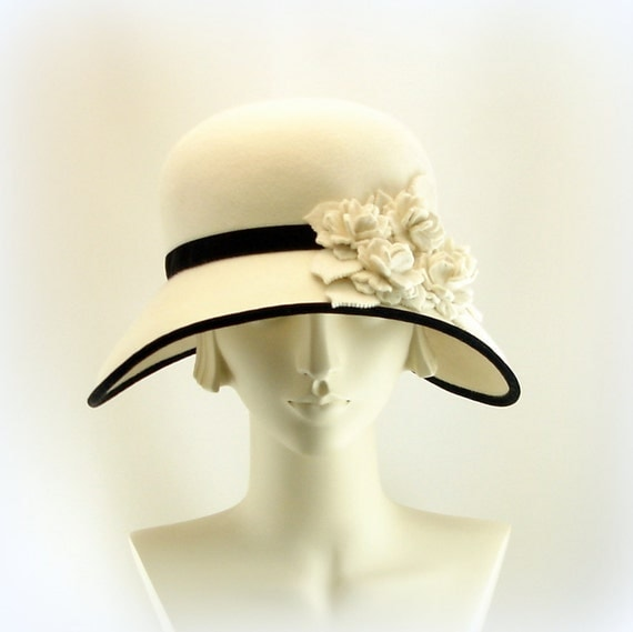 White Hat for Women Large Wide Brim Hat 1920s Fashion Cloche Hat Winter White Felt Hat w Black Velvet Trim